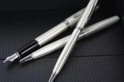 Сувенирные ручки из серебра