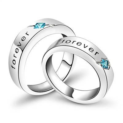 Кольцо для влюбленных из серебра.