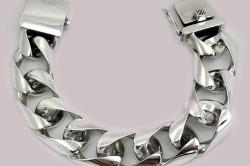 Серебро прекрасный материал для ювелиров всех эпох