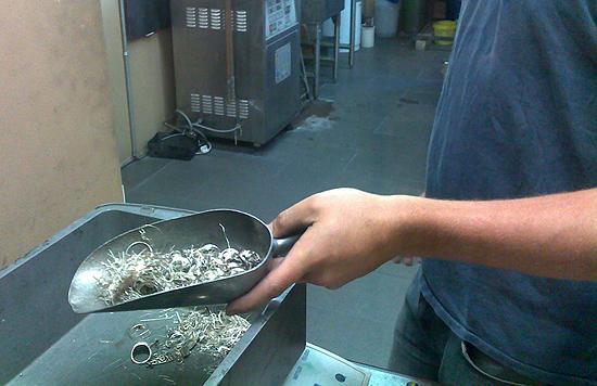 Аффинаж серебра - это процесс, направленный на получение чистой пробы.