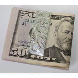 Зажим с деньгами