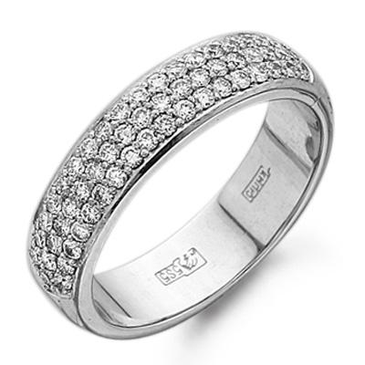 Классический стиль кольца с россыпью бриллиантов