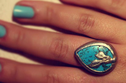Кольцо с бирюзой и тибетскими мантрами