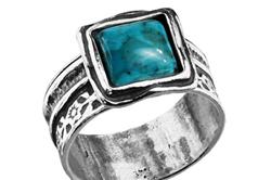 Кольцо с бирюзой из серебра