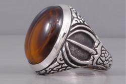 Перстень серебряный с тигровым глазом
