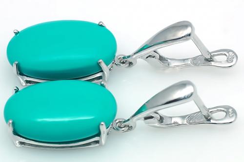 Серебряные сережки с бирюзой.