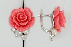 Серебряные серьги с кораллами в виде розы