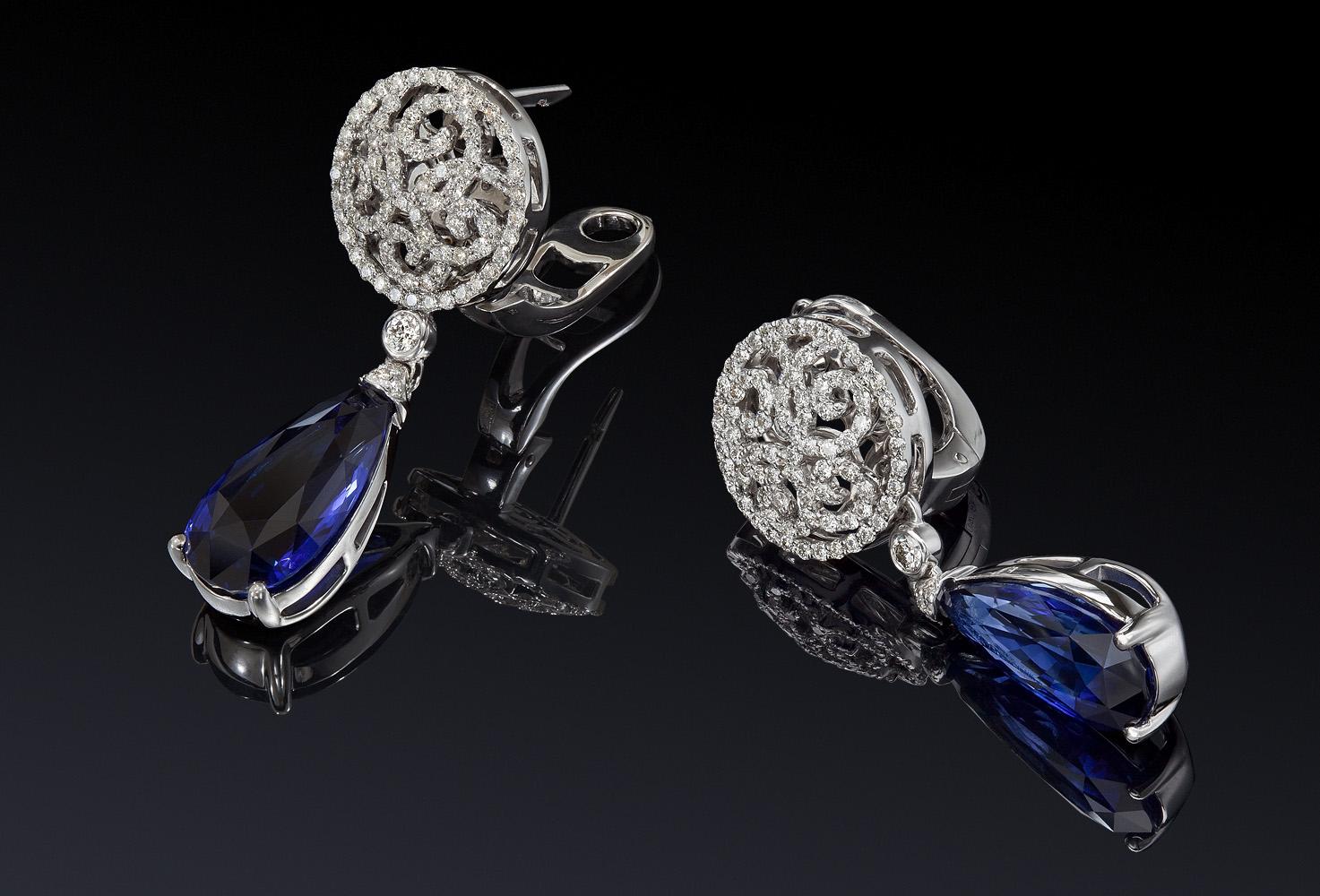 ювелирные изделия из серебра с камнями