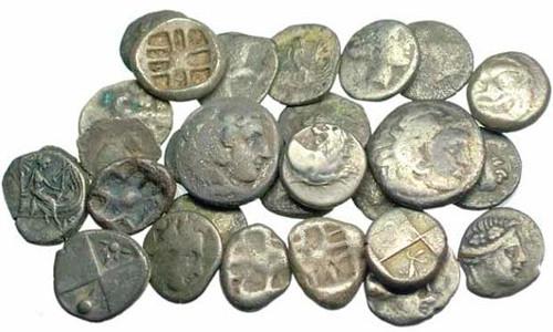 Старинные серебряные монеты