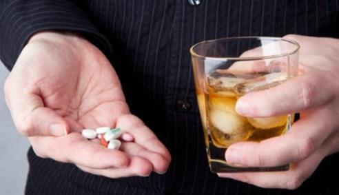 Совмещение лекарств с алкоголем