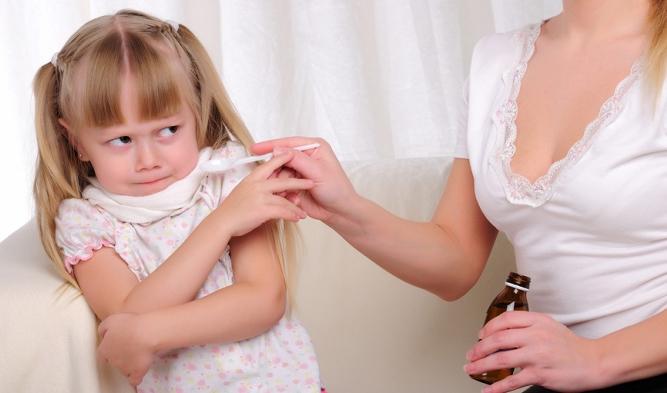 Девочка отказывается принимать сироп